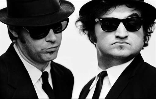 http://www.lunette-vintage.fr/blog/wp-content/uploads/2013/12/The-Blues-Brothers.jpg