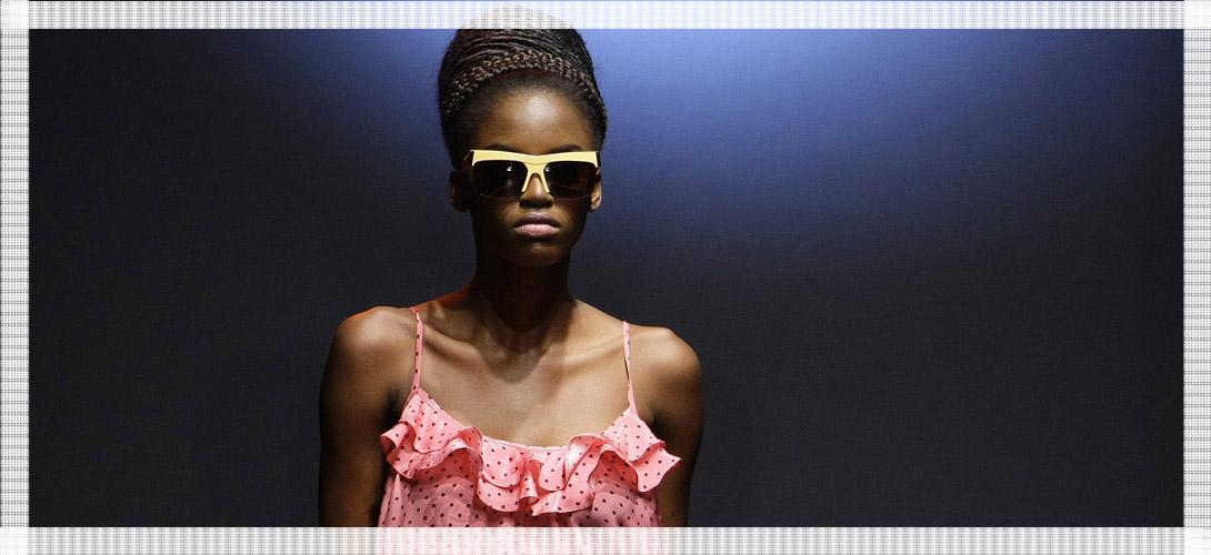 Les gens sont-ils plus beaux avec des lunettes de soleil?