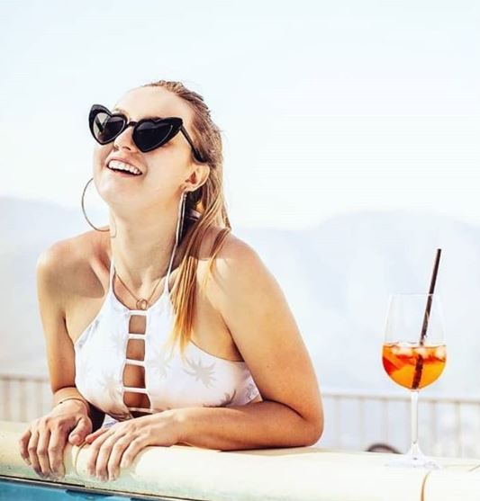 lunettes-de-soleil-coeur-style-Yves-saint-laurent-blanche